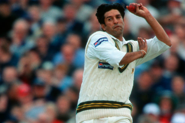 Wasim Akram left 'baffled' by Pakistan's non-selection