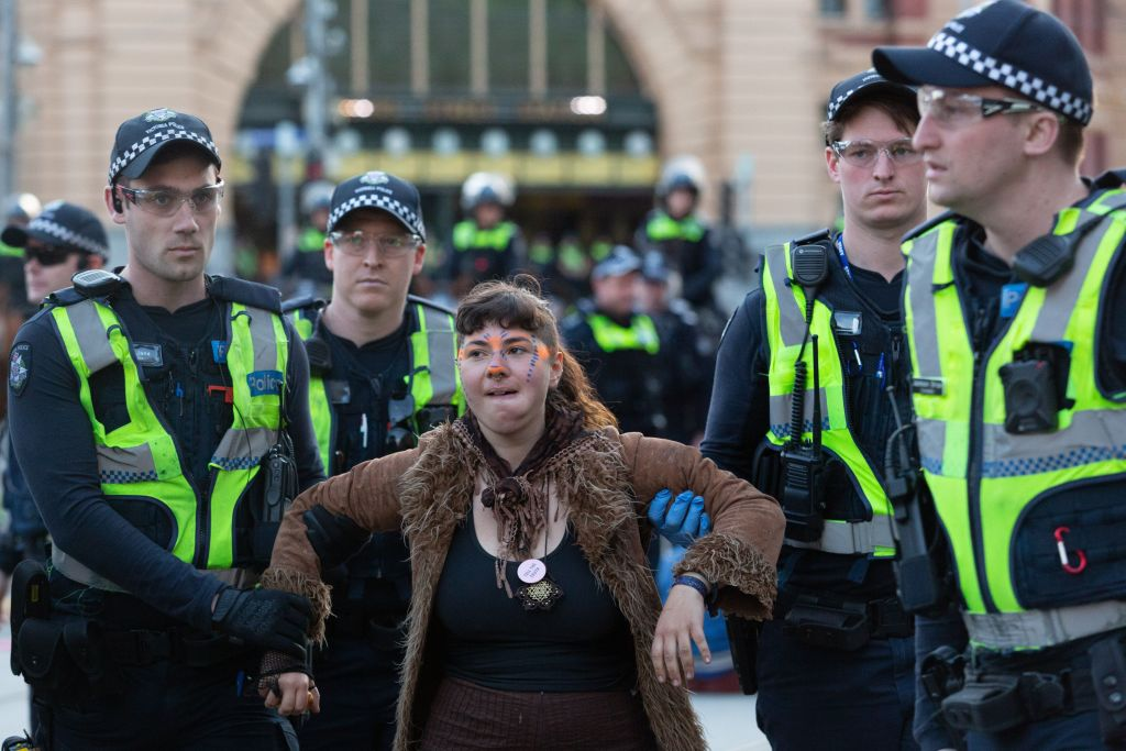 Article image for Victorian opposition moves to reintroduce 'move-on laws' in wake of recent CBD protests