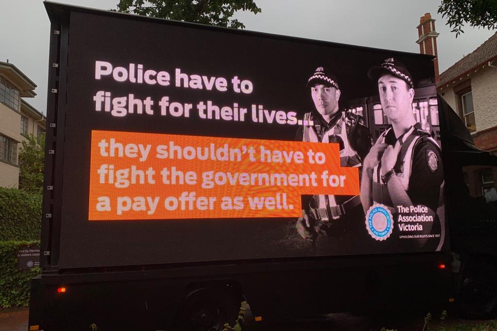 Article image for Police union ramps up pay rise pressure on state government