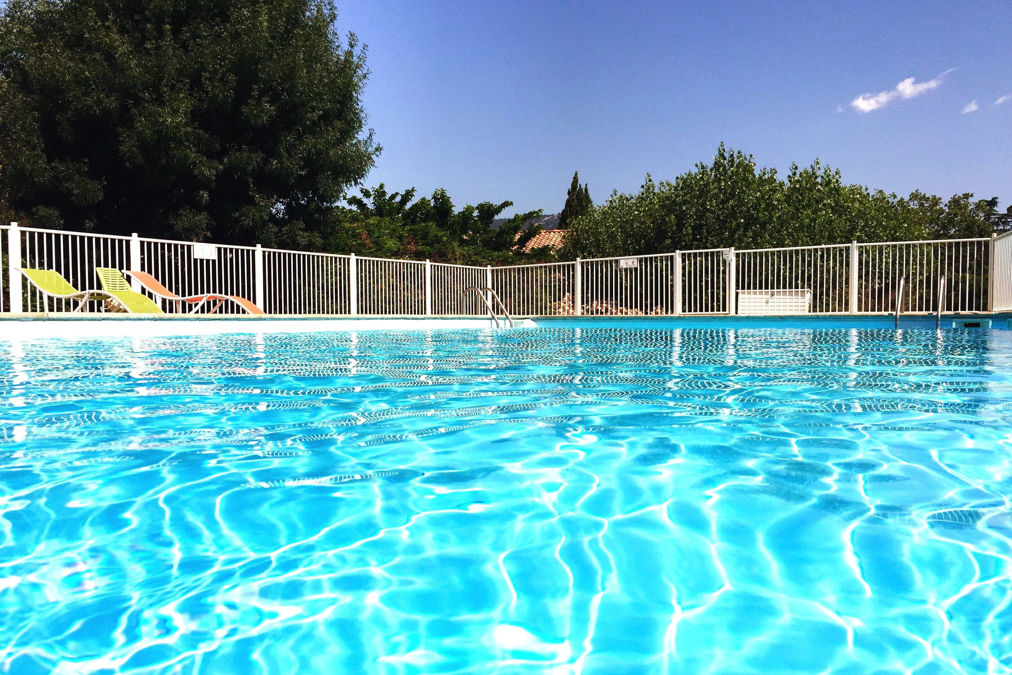 Article image for New pool and spa rules start on Sunday, but compliance information is scarce