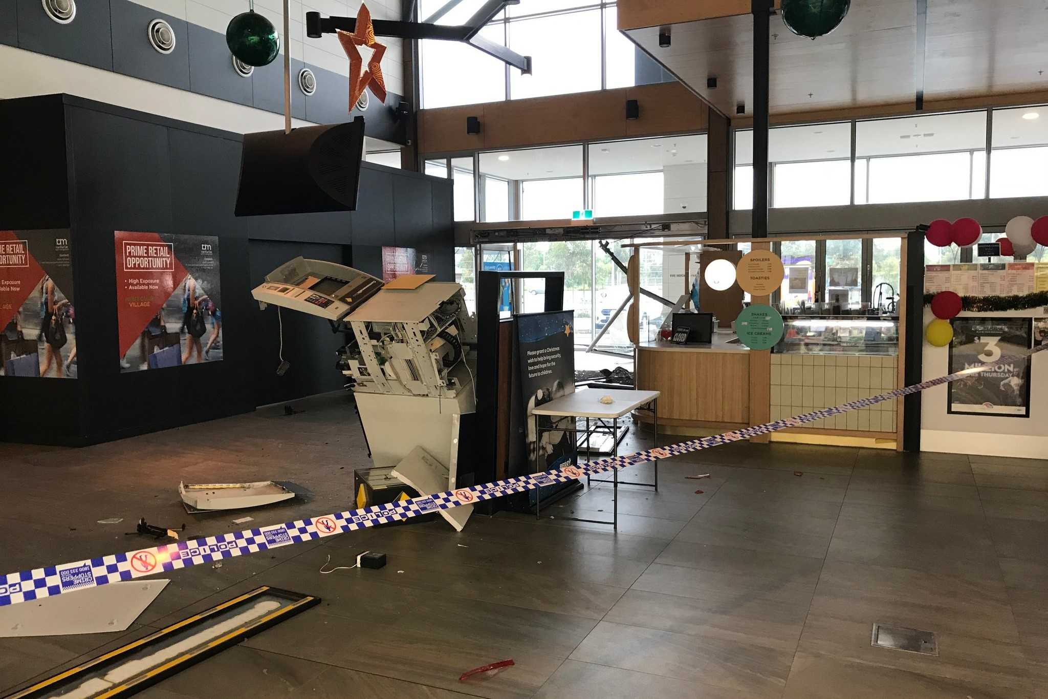 Article image for Shopping centre ATM smashed in early morning ram raid