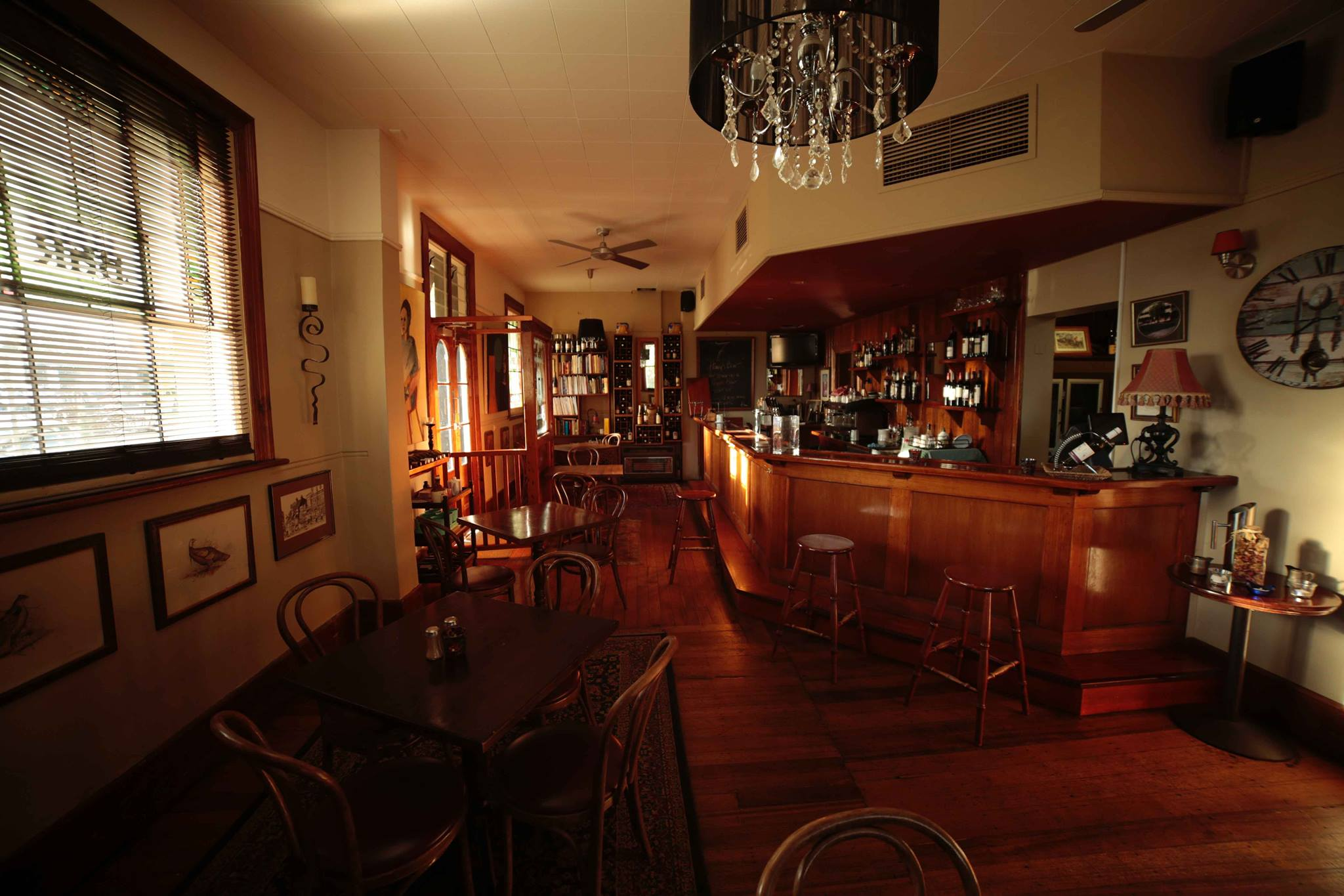 Pub Of The Week: Tony Leonard review the Seven Creeks Hotel