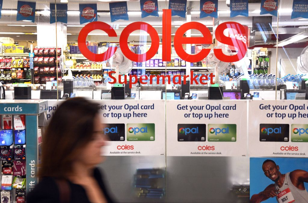 Article image for Coles milk scandal: Minister calls for supermarket boycott