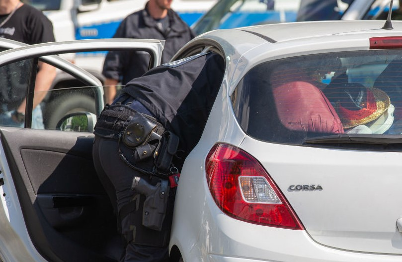 Article image for Drug-fuelled weekend: Police blitz finds drugs in a quarter of cars checked outside Marysville music festival