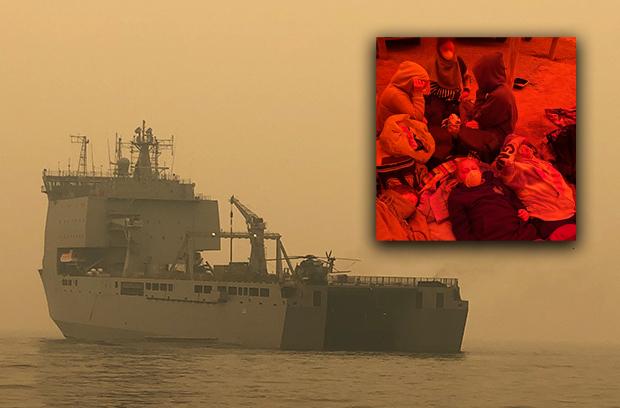 First Australian bushfire evacuees land in Melbourne