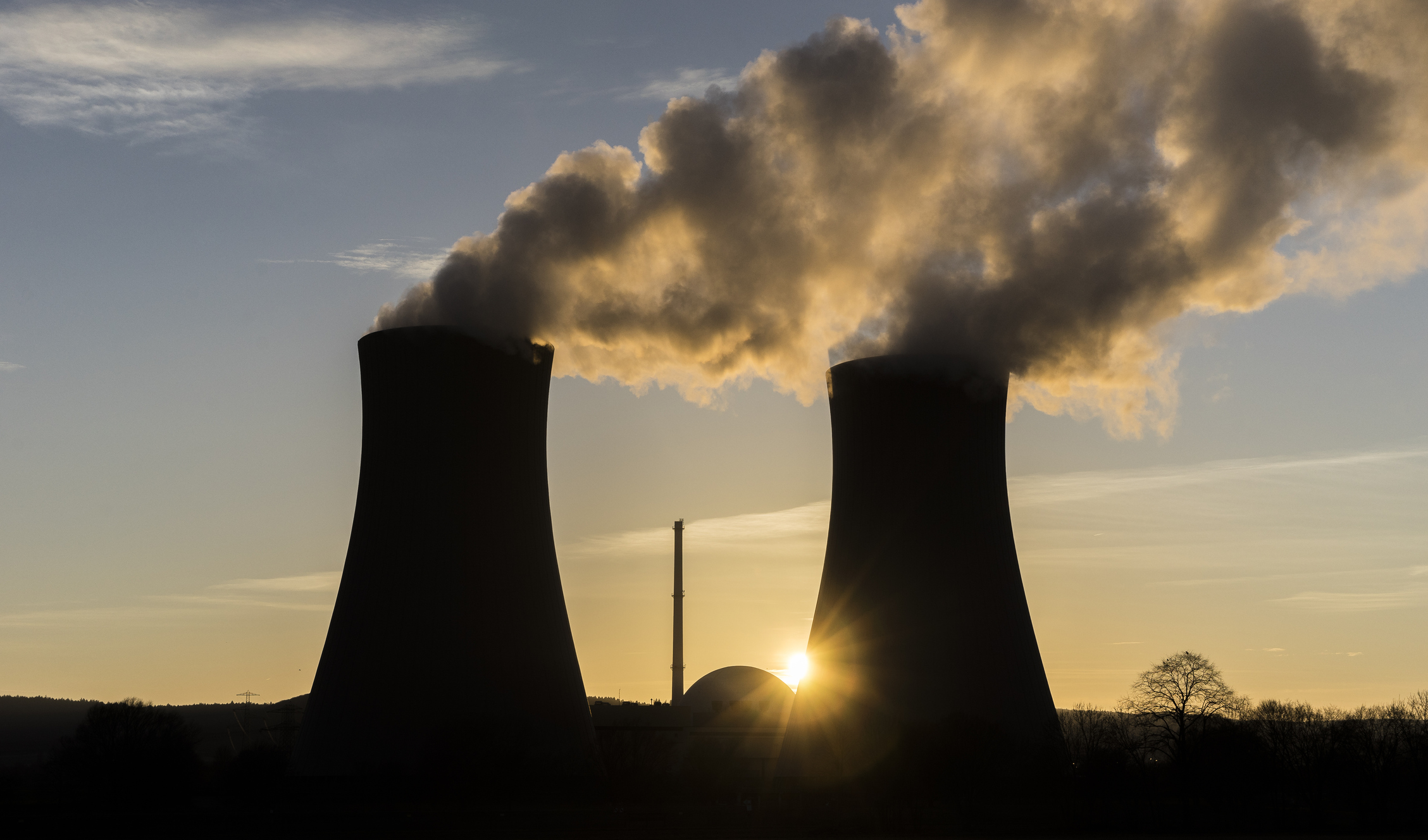 Article image for Why Australia 'must include' nuclear power to achieve zero carbon emissions