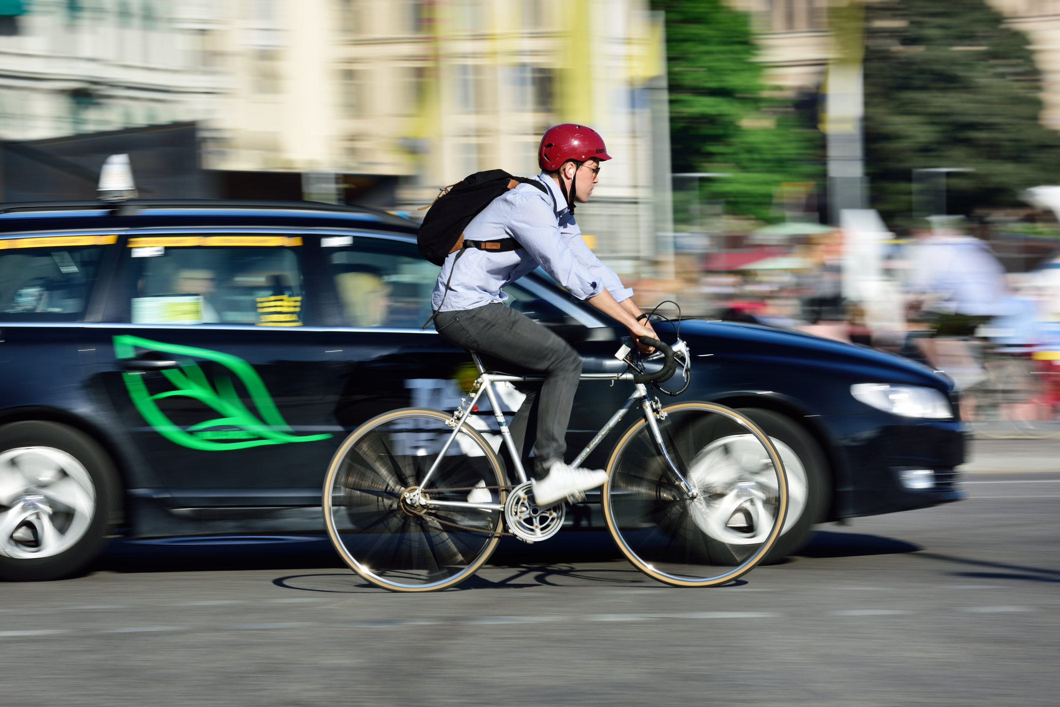 Article image for Top cop pokes flaws in RACV's new plan to keep cyclists safe