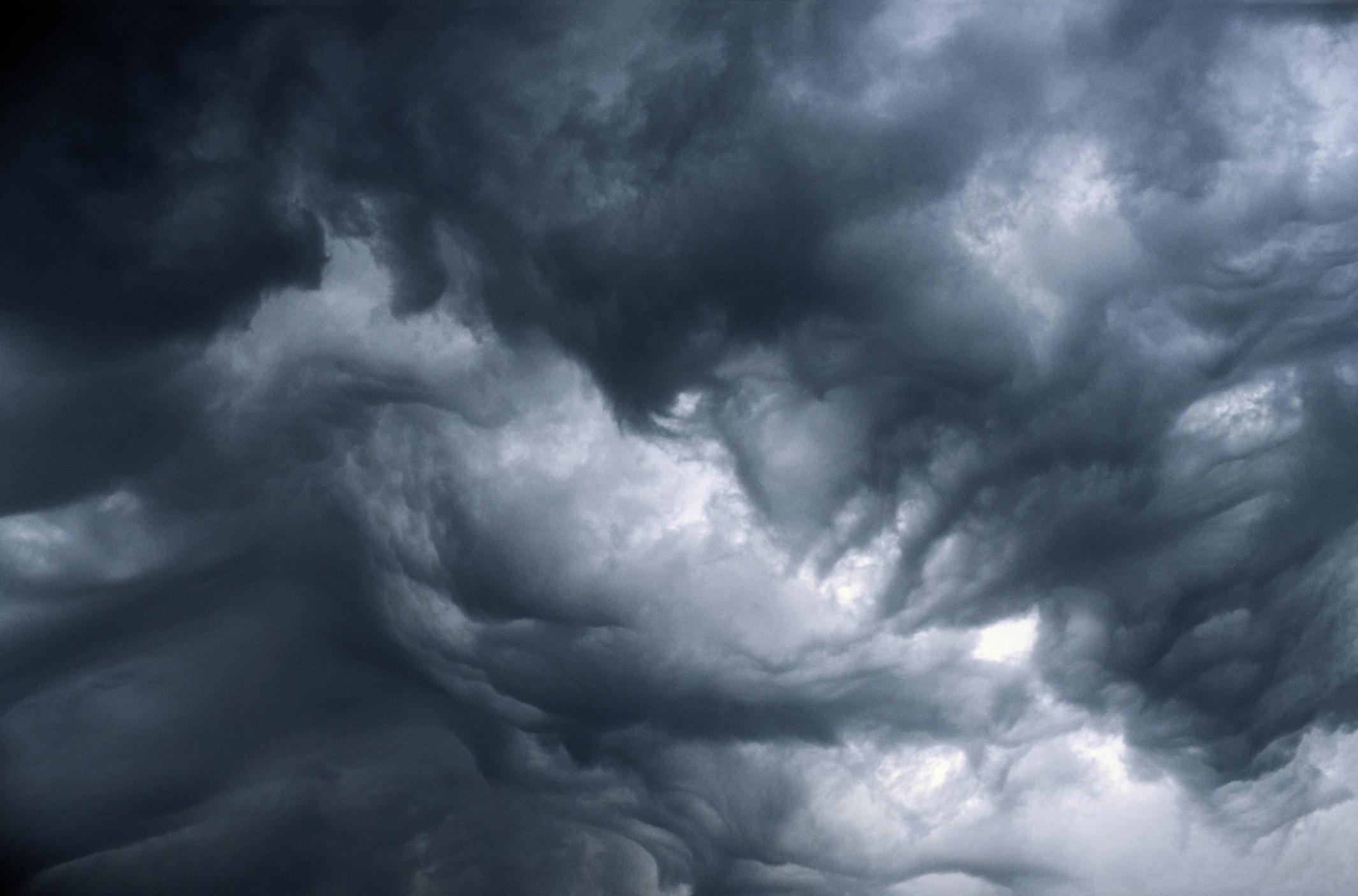 Severe storms to lash Melbourne's west (then east)