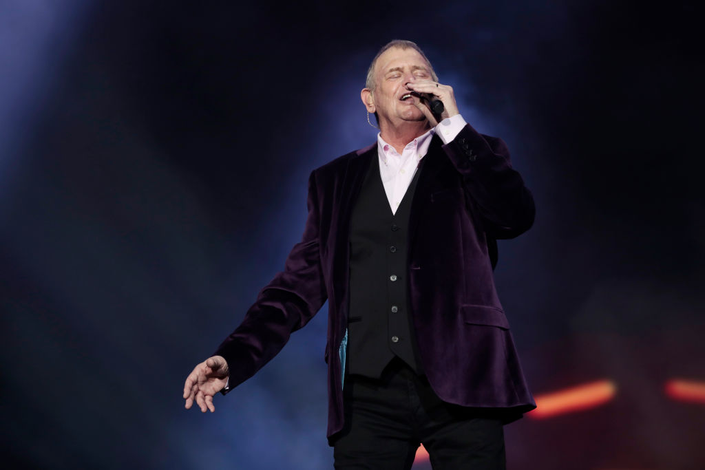 Article image for 'A great anthem': Neil Mitchell calls for Aboriginal version of John Farnham hit to be recorded
