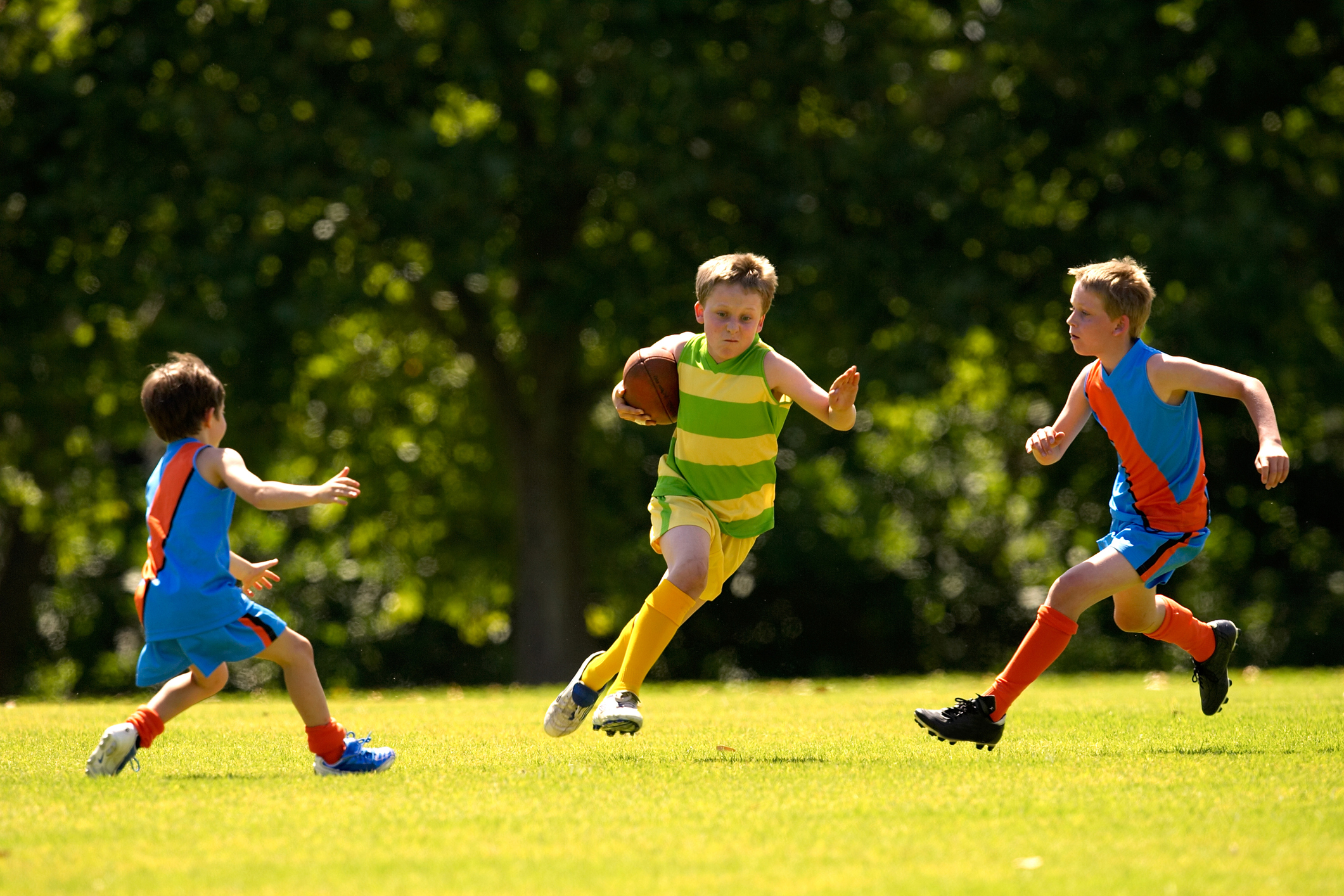 Article image for AFL's 'scoring ban' for juniors comes under fire from leading child psychologist