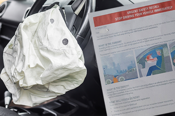 Article image for No replacement: Motorists with ageing vehicles fitted with faulty airbags ordered to hand their cars in