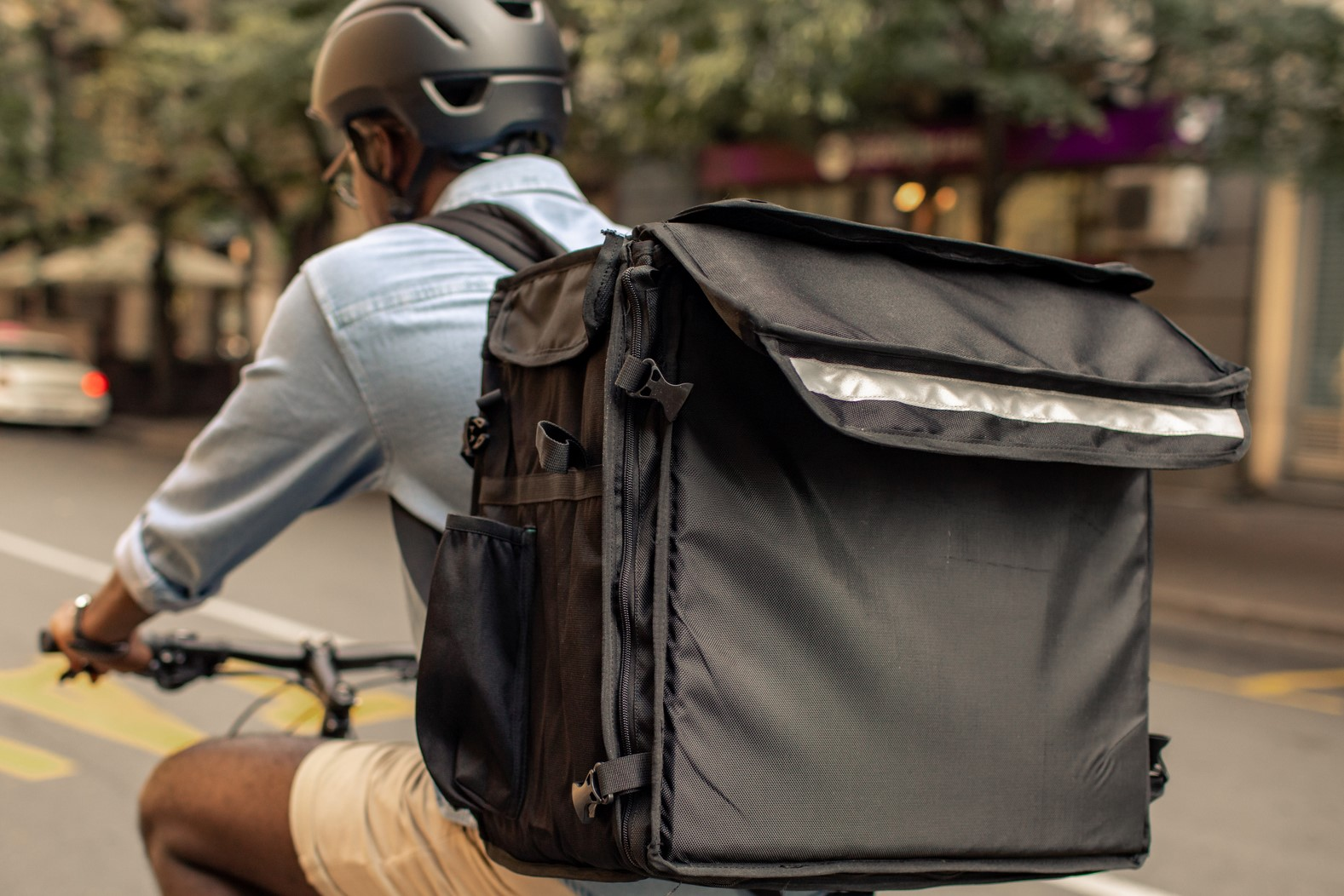 Article image for Melbourne council cracks down on food delivery bikes