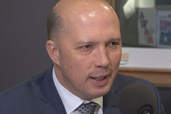 Article image for Australia 'unlikely' to shut its borders amid coronavirus: Peter Dutton