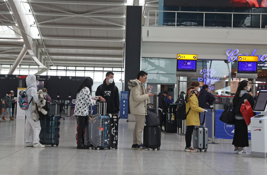 Article image for Coronavirus: Aussie travellers left stranded after last minute flight cancellations