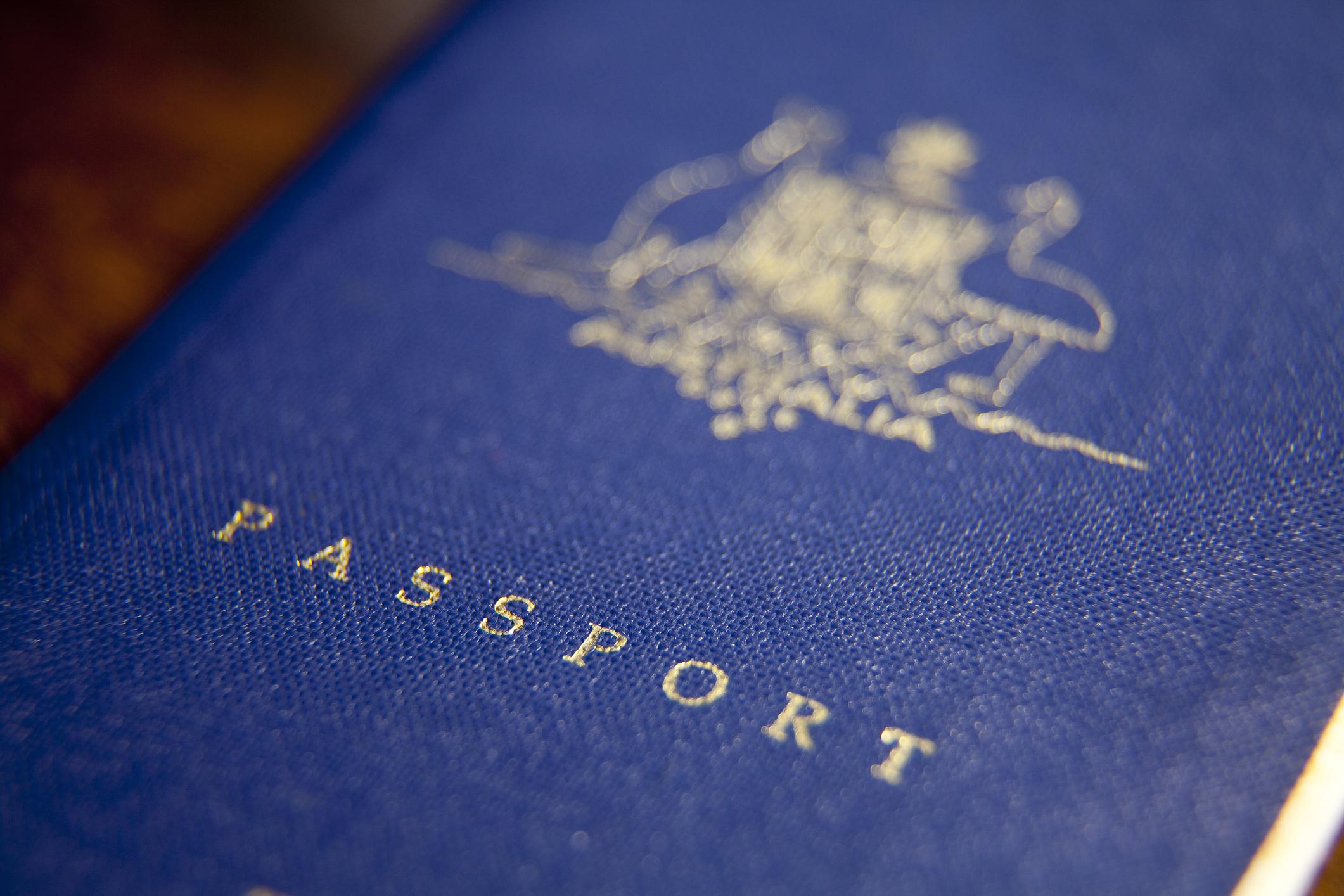 Aussie travellers must return NOW before borders shut