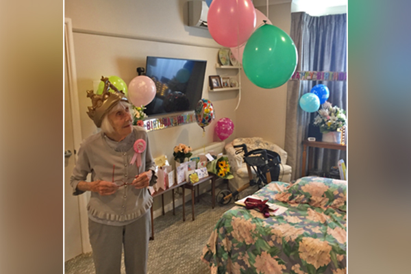 Article image for 3AW fan Gladys Nutbean celebrates her 100th birthday!