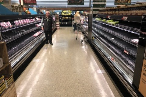 Article image for 'Locals are furious': Melbourne tourists clear out regional supermarkets