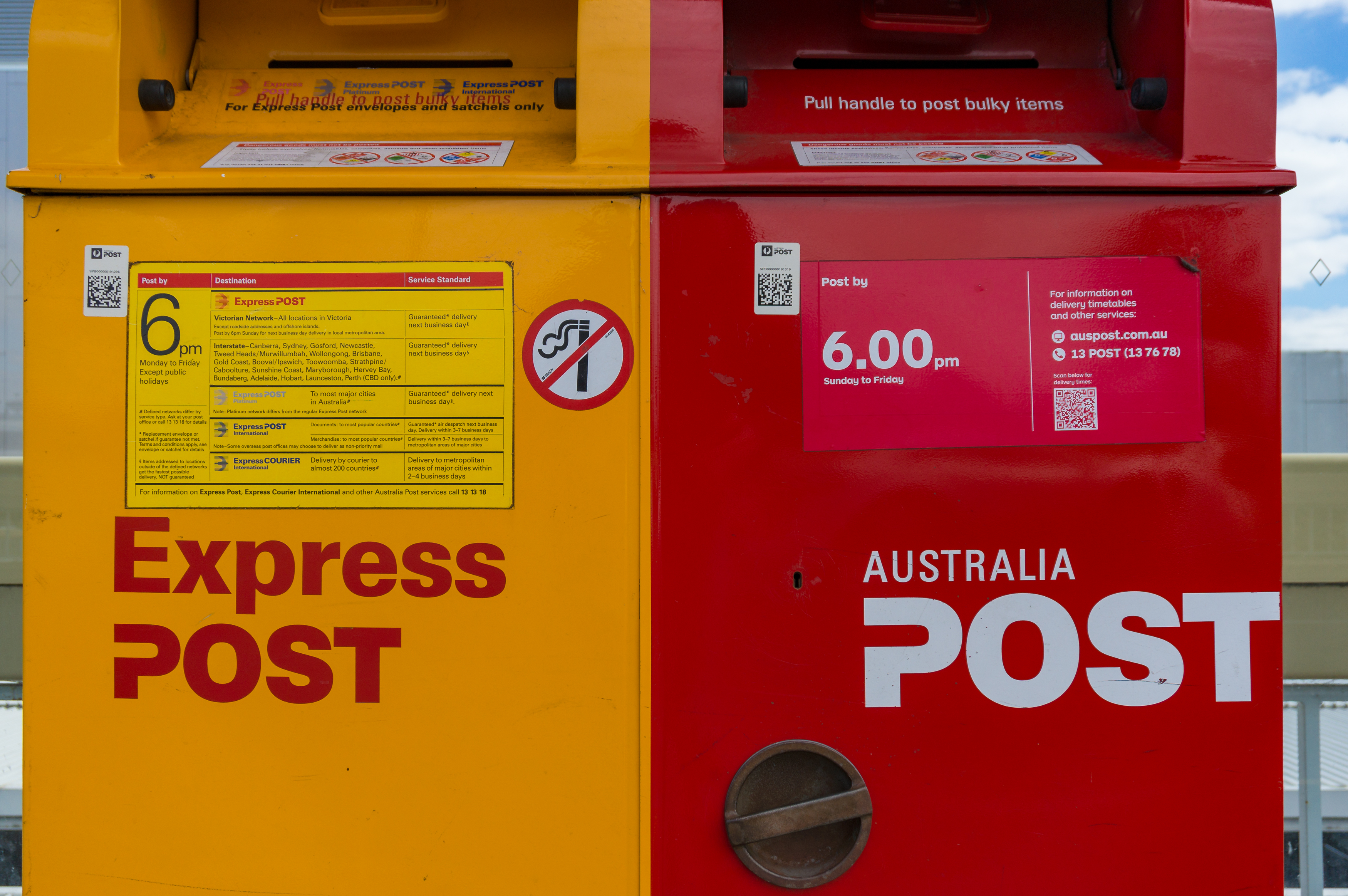 Article image for Major parcel delivery delays as Australia Post struggles to cope with surge in demand