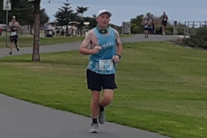 Melbourne man to run self-isolation marathon around his house to raise money for sick kids