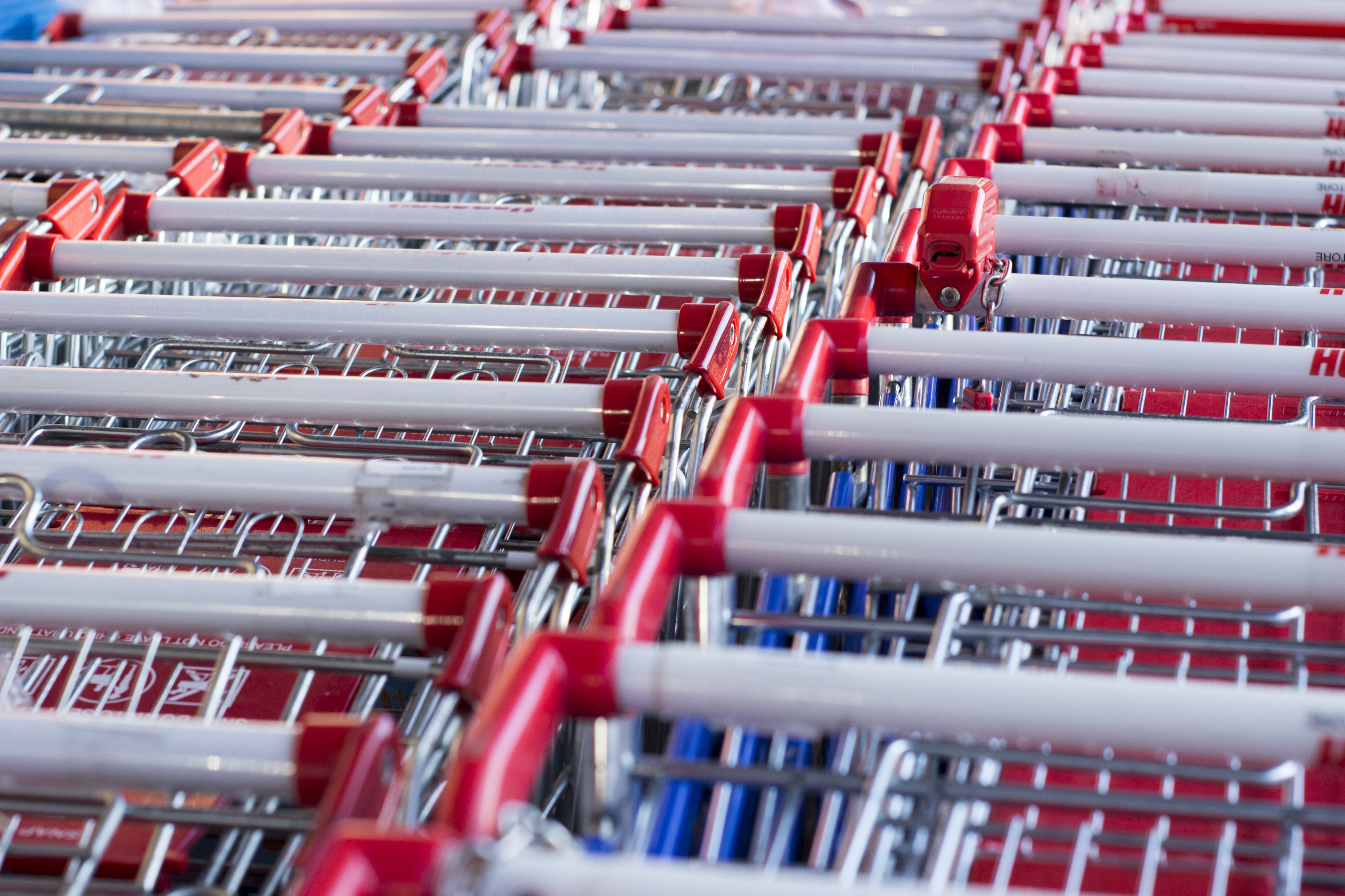Article image for Coles announces changes to COVID-19 rules at their supermarkets, launches 'best buys' program