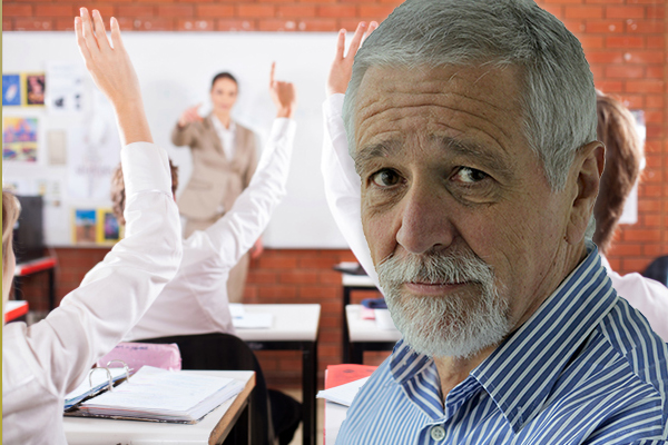 Article image for Neil Mitchell says Victoria's plan to examine remote learning success is 'an admission of failure'
