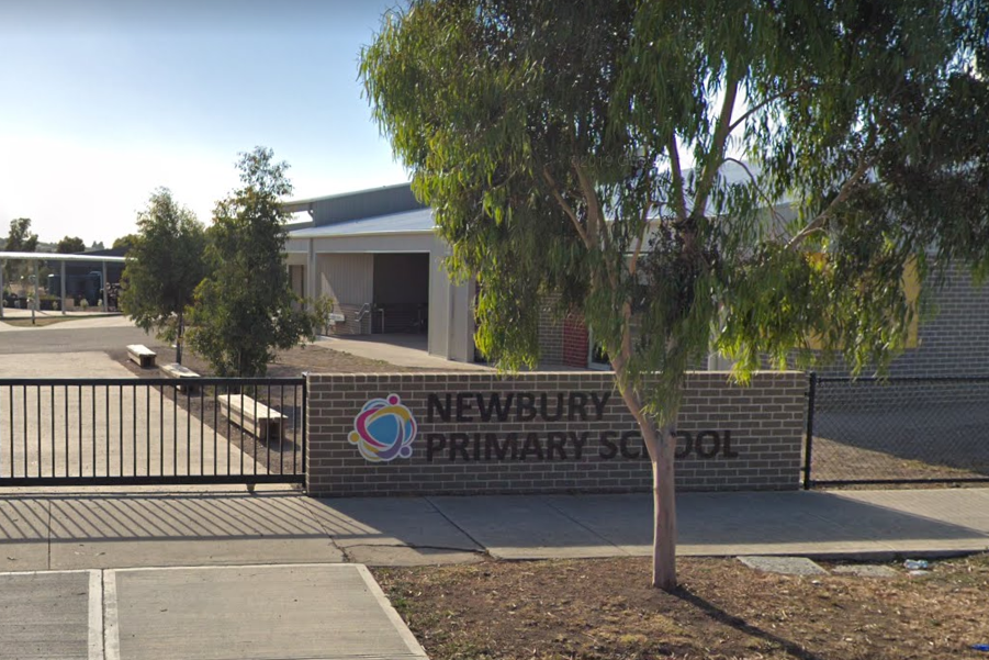 Article image for COVID-19 latest: Melbourne primary school closed after prep student tests positive