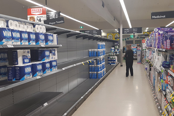 Article image for Supermarkets reintroduce item limits in Victoria after signs of another wave of panic buying