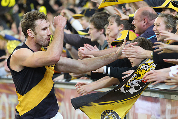 Article image for Former Richmond midfielder Shane Tuck dead at 38