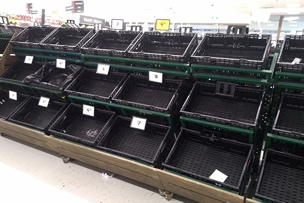 Article image for Supermarkets bring back purchase limits after 'very large spike' in demand