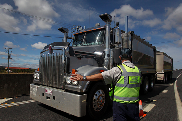 Article image for Victoria facing 'enormous' supply chain disruptions due to COVID-19 truck driver test confusion