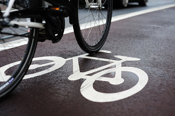 Article image for Government in talks with council to fast-track bike lane expansions