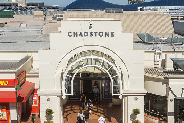 Article image for Six Chadstone cleaners test positive to COVID-19