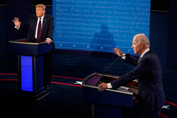 Article image for A body language guru analyses the first US presidential debate