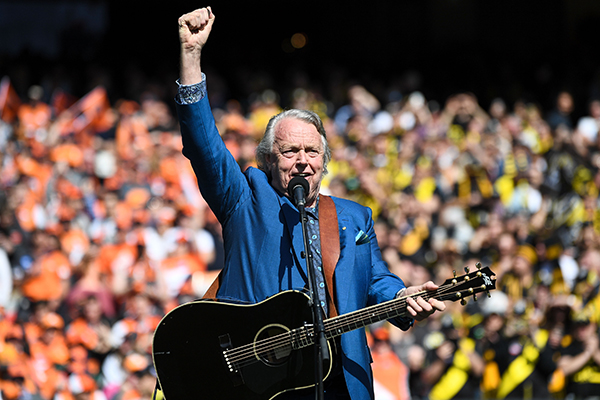 Neil asked, and the AFL listened: Mike Brady to perform on grand final day!