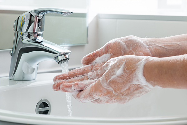 Article image for An alarming number of Australians aren't washing their hands despite COVID-19