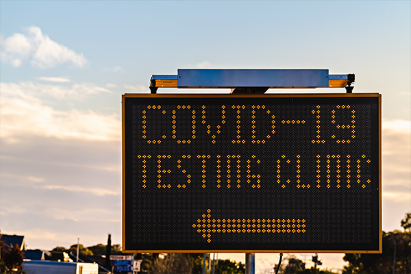 Article image for Queues build at Shepparton COVID-19 testing centre hours before opening