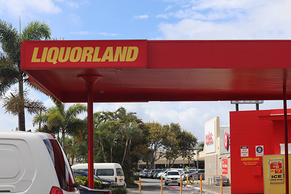 Article image for Customers' dreams dashed as Liquorland refuses to honour beer bargain