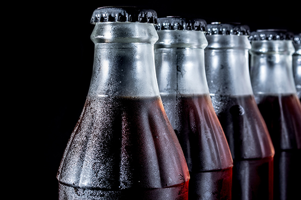 Article image for New study finds link between 'diet' soft drinks and heart problems