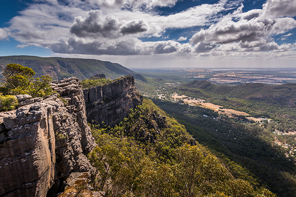 Article image for Ugly spat between rock climbers and Parks Victoria reaches tipping point
