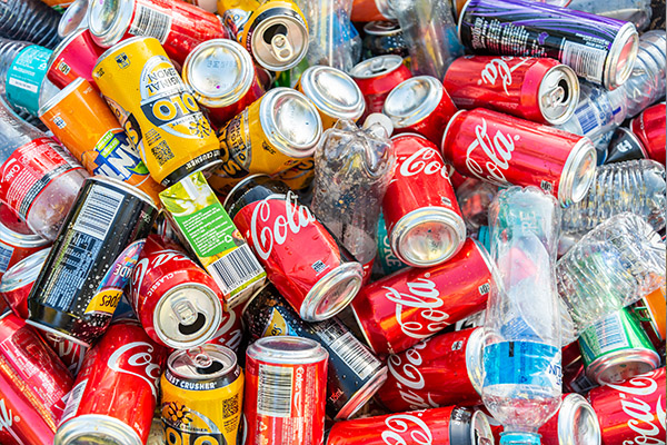 Article image for Victorians set to receive 10 cents for returned cans and bottles under new scheme