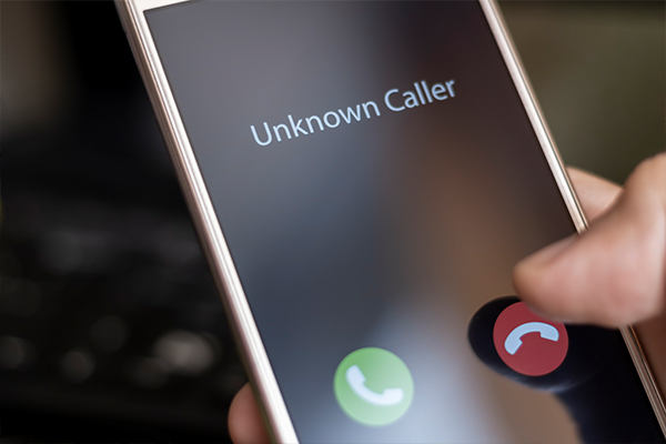 Article image for State government slammed for 'lazy, sloppy' COVID-safe plan robocalls