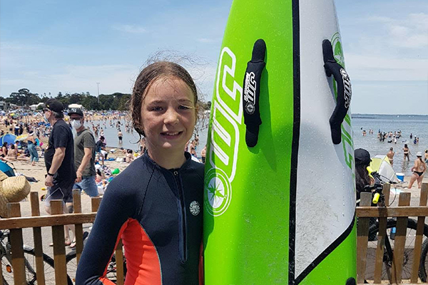 Article image for Heroic 11-year-old rescues teen in trouble at Williamstown Beach