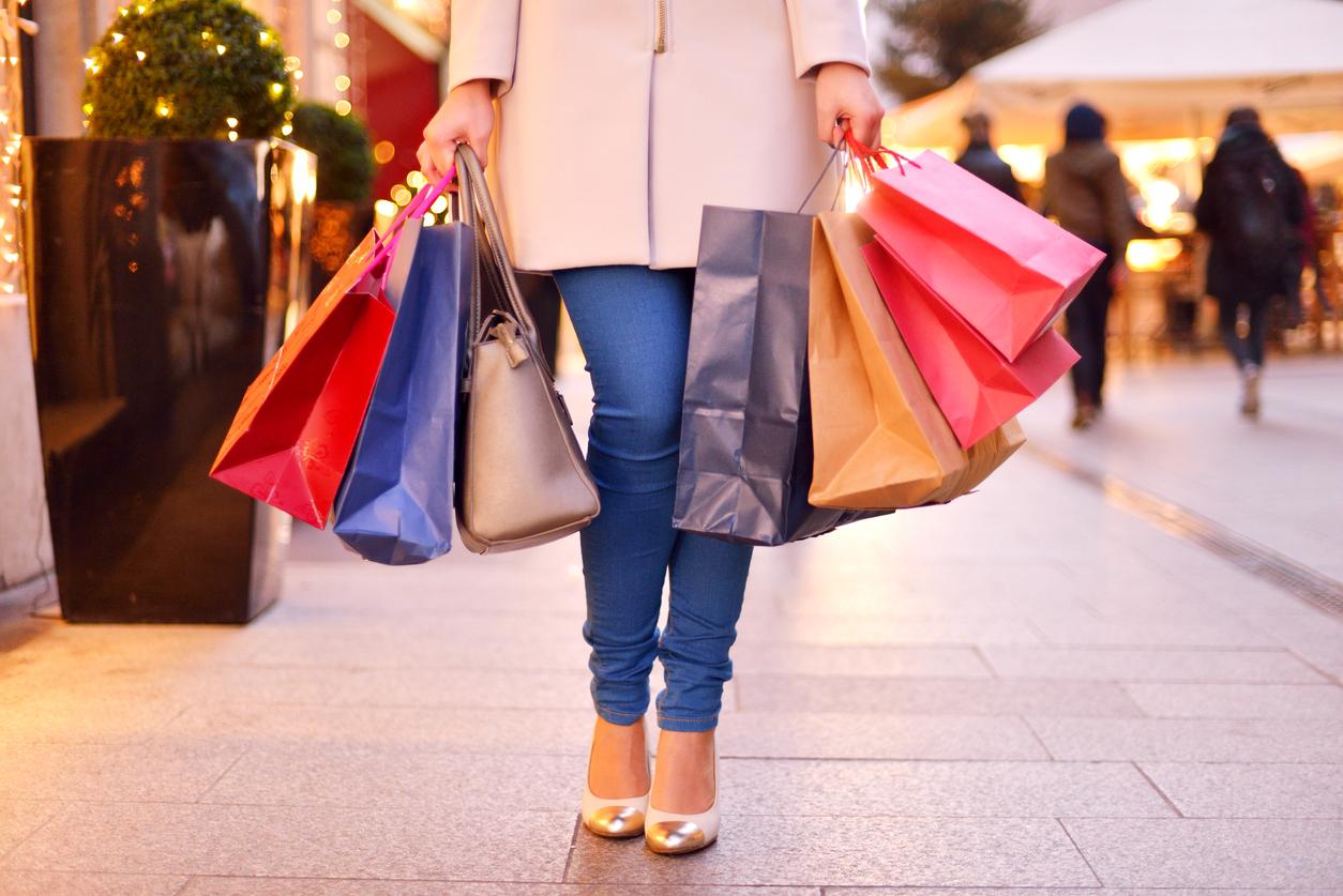 Retailers prepare for Christmas rush