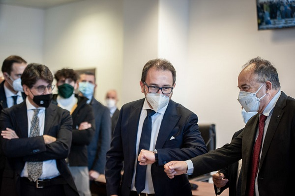 Article image for Italy begins huge Calabrian mafia trial