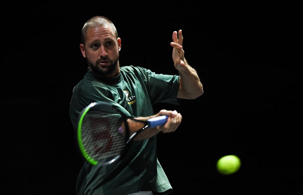 Article image for American tennis player on his way to Melbourne tests positive for COVID-19