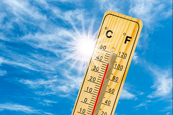 Article image for Health warning issued as Melbourne braces for soaring temperatures