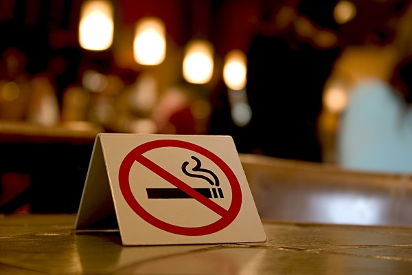 Article image for 'It's a no-brainer': Push to increase legal smoking age in Tasmania