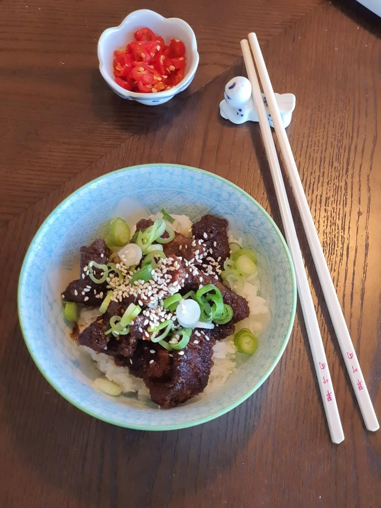 Article image for Dining with Den – Crispy Honey Chilli Beef