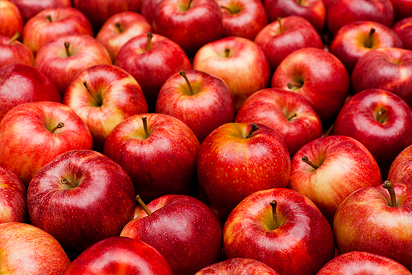 Article image for Why the price of apples has skyrocketed