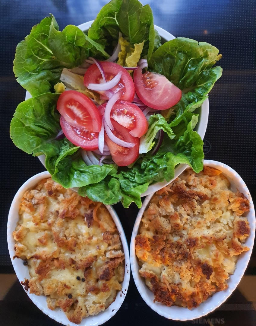 Article image for Dining with Den – Macaroni Cheese ( with chili )